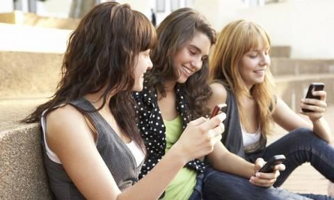 Εφηβοι και smartphones: Μια σχέση με προβλήματα