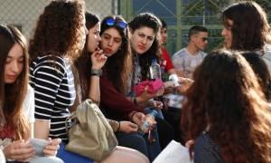 Πανελλήνιες 2015: Σε κείμενο του Γραμματικάκη διαγωνίστηκαν οι υποψήφιοι των ΕΠΑΛ