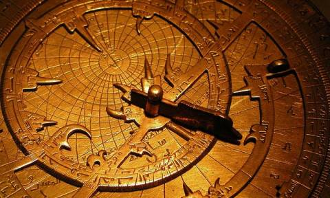 Πανελλήνιες 2015: Η αστρονομία, το νετρίνο και το θέμα της Νεοελληνικής Γλώσσας