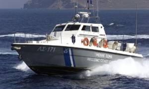 Έρευνες στους Αντίπαξους για λέμβο με 45 μετανάστες