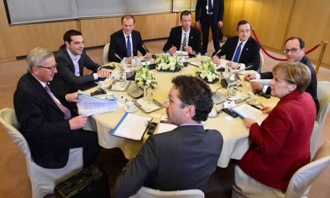 Κρίσιμες επαφές Α. Τσίπρα στη Ρίγα για να «κλείσει» η συμφωνία