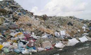 Σύσκεψη για τις χωματερές της Πελοποννήσου τη Δευτέρα στην Αθήνα