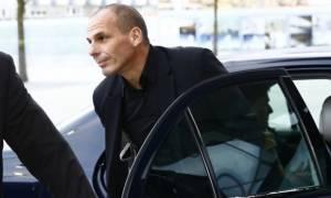 Βαρουφάκης: Λάθος η ανάλυση Σόιμπλε για την Ελλάδα - Δίνει αξία στην πολιτική όχι στα επιχειρήματα