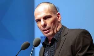 Βαρουφάκης: Δεν υπογράφω μειώσεις επικουρικών και αυξήσεις ΦΠΑ - Συμφωνία αρχές Ιουνίου