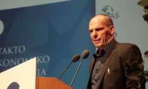 Βαρουφάκης: Προτεραιότητα οι μισθοί και οι συντάξεις...