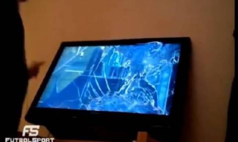 Έσπασε την τηλεόραση επειδή σημάδευε τα δοκάρια στο playstation!