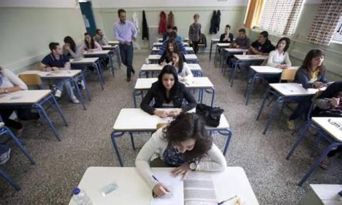 Πανελλήνιες 2015: Στη Νεοελληνική Λογοτεχνία θα εξεταστούν σήμερα Παρασκευή (22/5) οι μαθητές