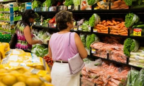 Γαλλία: Ποινικοποιείται η σπατάλη τροφίμων - Βαριές «καμπάνες» στους παραβάτες