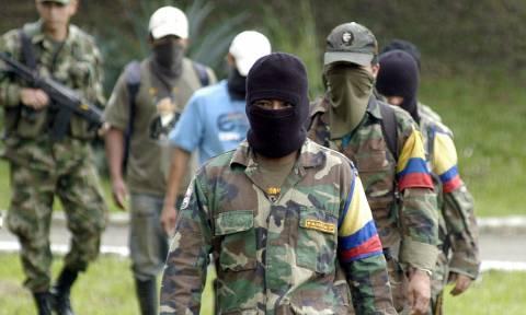 Κολομβία: Οι αντάρτες Farc ανακοίνωσαν τη διακοπή της μονομερούς κατάπαυσης του πυρός