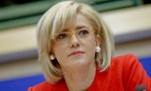 Η Επίτροπος Corina Cretu σε Λαμία και Θερμοπύλες σε ένδειξη αλληλεγγύης για τη χώρα