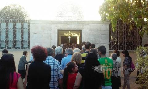 Χανιά: Στην Ιερά Μονή Χρυσοπηγής το Τίμιο Ξύλο (photos)