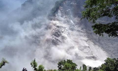 Νεπάλ: Εκατοντάδες άνθρωποι εκκένωσαν τα χωριά τους μετά από κατολίσθηση
