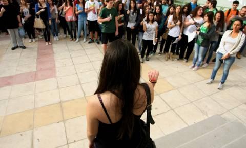 Πανελλήνιες 2015: Βαρόμετρο για τις βάσεις τα Αρχαία Ελληνικά και τα Μαθηματικά