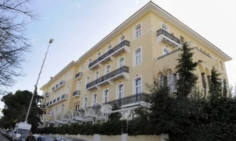 Τέλος εποχής για το ιστορικό ξενοδοχείο Πεντελικόν