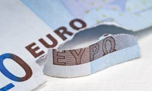 Έρευνα: Οι πιθανότητες εξόδου της Ελλάδας από την Ευρωζώνη έχουν μειωθεί