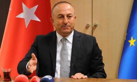 Τσαβούσογλου: Άρχισε η εκπαίδευση Σύρων ανταρτών στο τουρκικό έδαφος