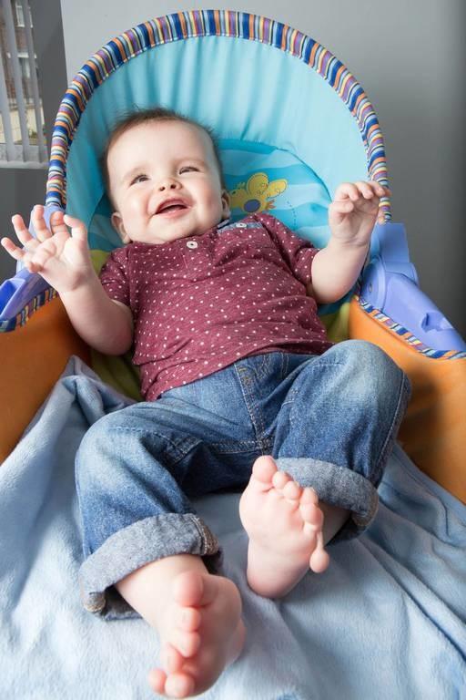Δείτε το μωρό-«θαύμα» που γεννήθηκε με 12 δάχτυλα και εξέπληξε τους γιατρούς