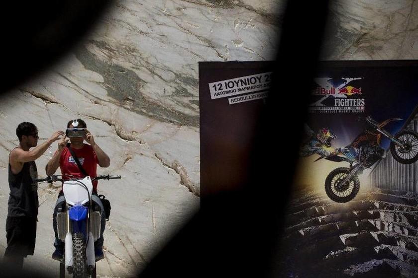 Red Bull X-Fighters : Τα Λατομεία Διονύσου γίνονται αρένα