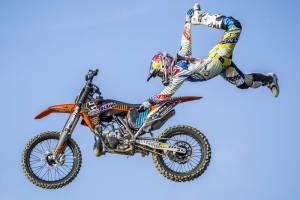 Red Bull X-Fighters: Δεύτερος σταθμός ΑΘΗΝΑ