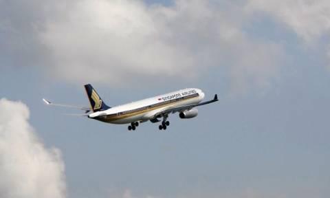 Πανικός στον αέρα: Αεροσκάφος έχασε και τους δύο κινητήρες του εν ώρα πτήσης (video)