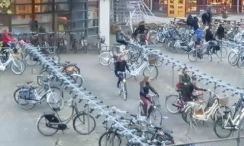 Δείτε τι συμβαίνει στις 8.30 το πρωί στα σχολεία της Ολλανδίας