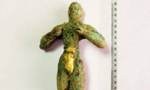 Αυτός είναι ο ανεκτίμητης αξίας Κούρος που επιχείρησαν να πουλήσουν οι αρχαιοκάπηλοι