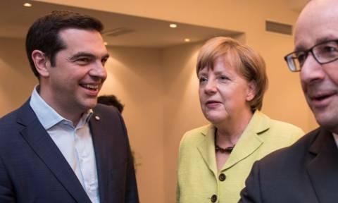 Συμφωνία μέσω τηλεδιάσκεψης Τσίπρα με Μέρκελ - Ολάντ