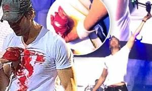 Σοβαρό ατύχημα για τον Ενρίκε Ιγκλέσιας κατά τη διάρκεια συναυλίας του