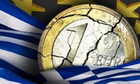 Blοomberg: Ανεφάρμοστο σενάριο το παράλληλο νόμισμα