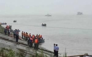 Τραγωδία στην Κίνα: Βυθίστηκε πλοίο με 458 επιβάτες στον ποταμό Γιανγκτσέ