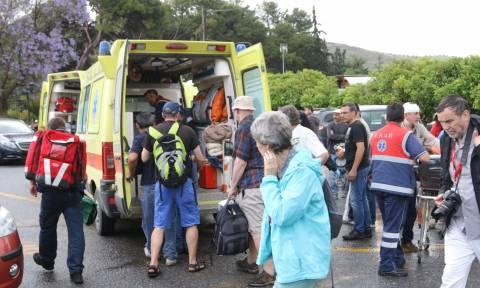 Σε καταστολή η τουρίστρια που χτυπήθηκε από κευραυνό
