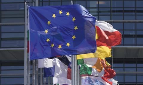 Η ΕΕ αποδέχεται την αναθεώρηση των προγραμμάτων «απασχόληση» της Ελλάδας