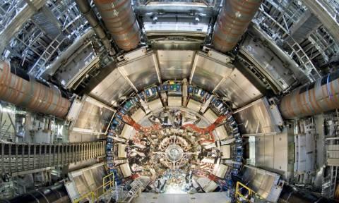 CERN: Σε λειτουργία και πάλι ο Μεγάλος Επιταχυντής Αδρονίων