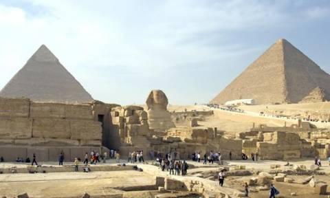 Αίγυπτος: Ένοπλοι σκότωσαν μέλη της τουριστικής αστυνομίας κοντά στις πυραμίδες