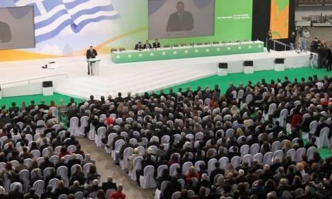 Αρχίζει το Συνέδριο του ΠΑΣΟΚ - Σε θέσεις μάχης οι υποψήφιοι διάδοχοι του Βενιζέλου