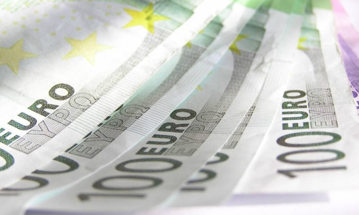 Βρήκε και παρέδωσε 7.500 ευρώ - Οδηγός λεωφορείου στα Χανιά έδωσε μαθήματα εντιμότητας