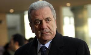 Αβραμόπουλος: Ενιαία απάντηση στην απειλή των ναρκωτικών