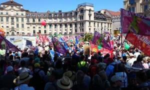Μόναχο: Πάνω από 20.000 άτομα στη διαδήλωση διαμαρτυρίας για τη σύνοδο της G7