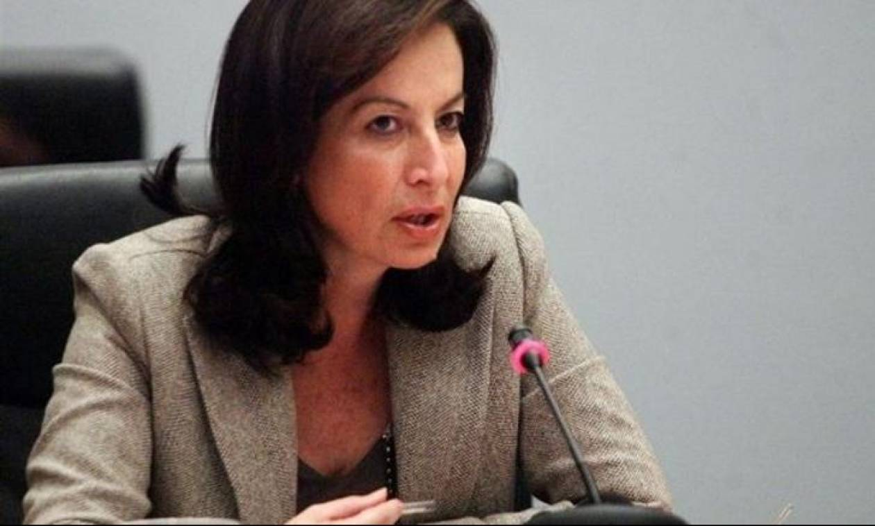 Σκηνές έντασης στα Χανιά - Ακυρώθηκε ομιλία της Α. Διαμαντοπούλου
