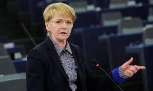Ζίμερ: Οι θεσμοί πρέπει να αποδεχθούν τη ρεαλιστική πρόταση της Ελλάδας