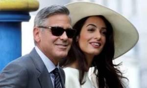 Είναι ασυναγώνιστος: Ο George Clooney έκανε την «έκπληξη» και η Amal... έλιωσε