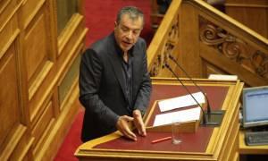 Θεοδωράκης: Ο Τσίπρας επέλεξε να είναι μόνος στη διαπραγμάτευση