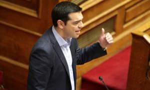 Τσίπρας: Δίνουμε μάχη για να ξανασταθεί ο Έλληνας στα πόδια του (video)