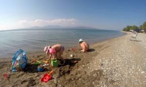 Προσοχή! Δείτε ποιες από τις παραλίες της Αττικής είναι ακατάλληλες για κολύμπι