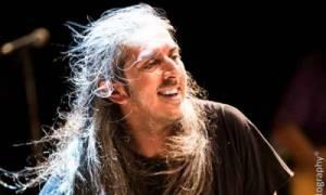 Sold out και οι τρεις συναυλίες του Γιάννη Χαρούλη στο Θέατρο Βράχων