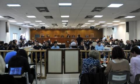 Αποβολή της πολιτικής αγωγής για την ηγετική ομάδα της Χρυσής Αυγής πρότεινε η εισαγγελέας