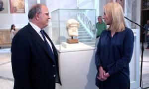Παρουσιάστηκε η επαναπατρισθείσα αρχαία κεφαλή του Ερμή