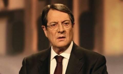 Αναστασιάδης: Ζητά την απόλυση της Διοικήτριας της Κεντρικής Τράπεζας