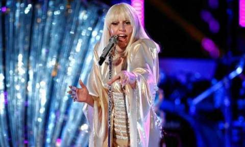 ΗΠΑ: Η Lady Gaga στο πλευρό των θυμάτων σεξουαλικής κακοποίησης
