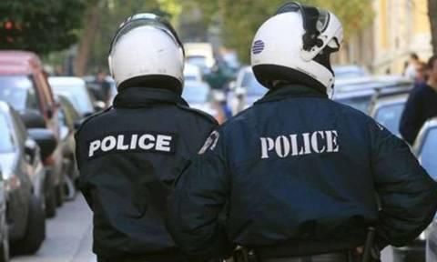 Συνελήφθη αστυνομικός για συμμετοχή σε συμμορία «μπράβων»